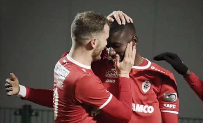 Sin el potosino Omar Govea, el Royal Antwer gana y es tercero en la Liga de Bélgica