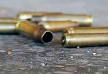 Grupo armado dispara e incendia viviendas en Sinaloa