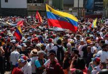 EEUU evalúa restringir las transacciones de Visa y Mastercard en Venezuela