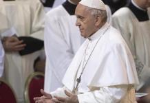 Papa Francisco insta a combatir odio y violencia en el mundo