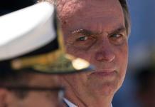 Rousseff llama a Bolsonaro aventurero con visión neofascista