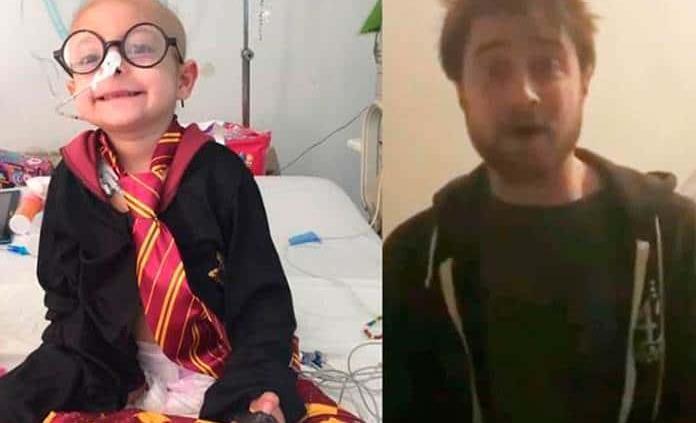 Falleció niña que recibió video de Radcliffe
