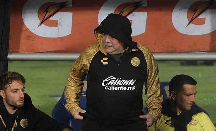 Maradona critica el mal funcionamiento de selección Argentina
