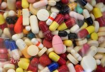 La mayoría de los medicamentos incluye componentes adversos, dice estudio