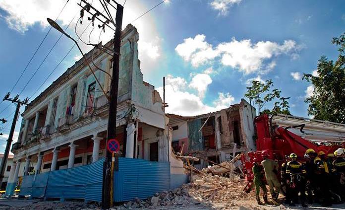 Al menos un fallecido por el derrumbe de un edificio en La Habana