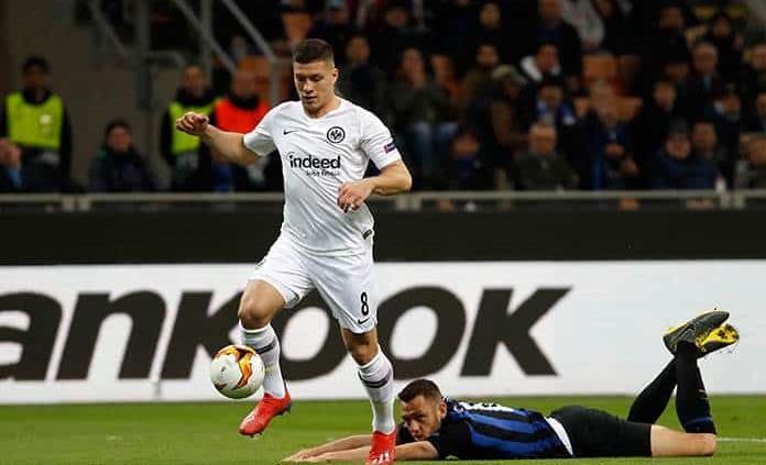Eintracht Frankfurt echa al Inter de Milán