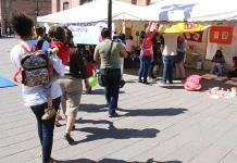 Habilitan estancia infantil frente a Palacio de Gobierno en exigencia de presupuesto