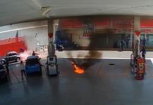 Se incendia vehículo en gasolinera de la avenida Himno Nacional (VIDEO)