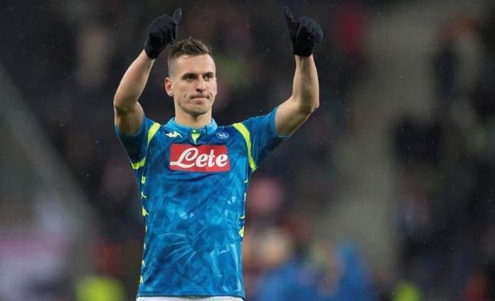 Napoli sufre de más ante Salzburgo en la Europa League