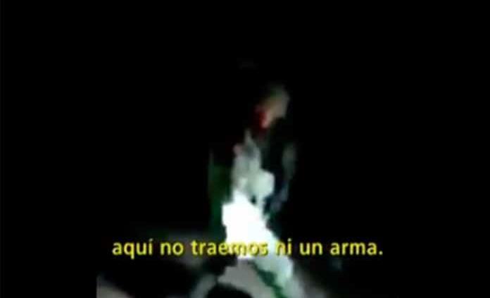 VIDEO. Dispárame, dispárame; retan a militares en operativo antihuachicol