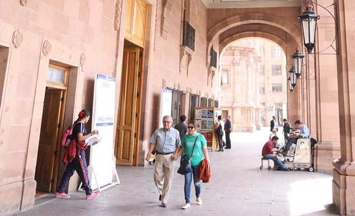 Palacio Municipal no será desalojado por ahora: PCM