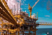 Petróleo mexicano supera los 60 dólares