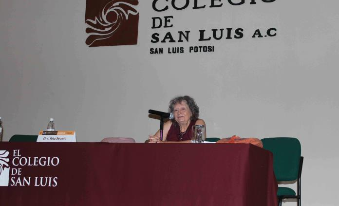 Feminicidios, síntoma de una sociedad en guerra: Rita Segato