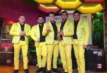 """""""De aquí pa'l real"""", de La Original Banda El Limón"""