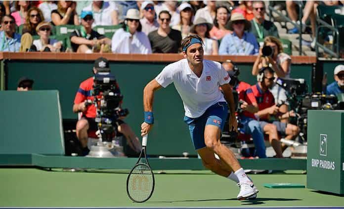 Federer avanza a semifinales y se acerca por su sexto título en Indian Wells