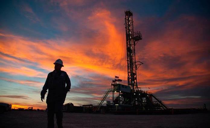 Fracking impulsa al crudo en los EU