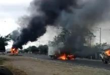Incendian tráileres para bloquear carretera de Veracruz