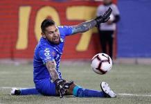 Orozco se pierde amistosos de México por fuerte lesión
