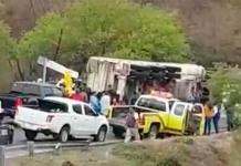 Padre e hijo mueren en accidente ocurrido en la carretera a Rioverde