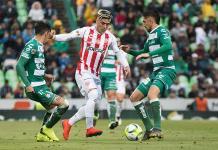 Con gol de último minuto Necaxa vence 2-1 a Santos