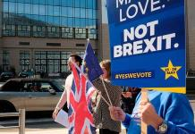 A regañadientes, Unión Europea considera demorar el Brexit