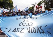 Realizan marcha antiaborto en Argentina