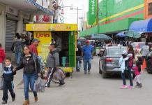 Necesario, reubicar a los ambulantes de la calle Hidalgo
