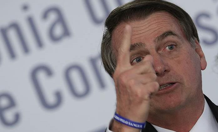 Bolsonaro nombra a militar para puesto en Ministerio de Educación de Brasil
