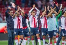 Pulido no jugará por Chivas ante Pumas