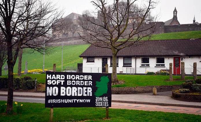 EEUU advierte a Londres contra una frontera entre la dos Irlandas