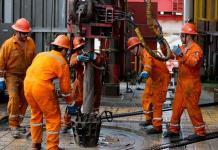 México prevé aumentar producción petrolera desarrollando 20 campos nuevos