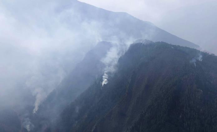 Tragedia en China: al menos 30 bomberos mueren en incendio forestal