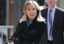 Felicity Huffman se declarará culpable en escándalo de sobornos a universidades