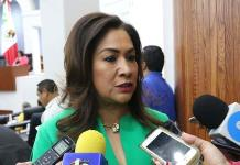 Cuestiona Sonia Mendoza a los asesores de El Mijis por activismo