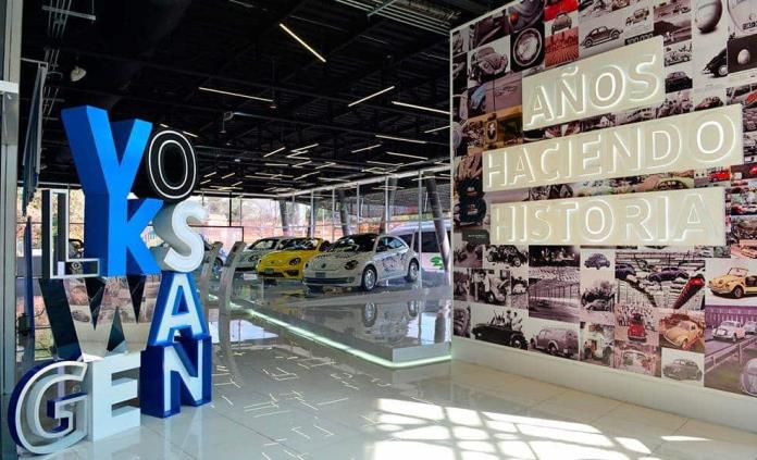 Exhiben Sedán y New Beetle en Museo del Automóvil de Puebla