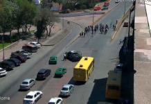 Manifestaciones provocan tráfico lento en Salvador Nava y en la avenida Universidad