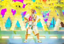 Balvin hipnotiza con su reggaetón