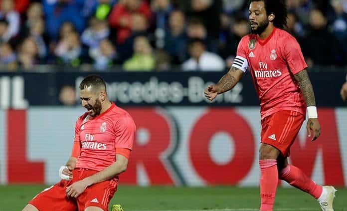 Benzema salva al Madrid de nueva derrota