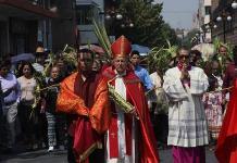 Arzobispo encabeza  bendición de ramos