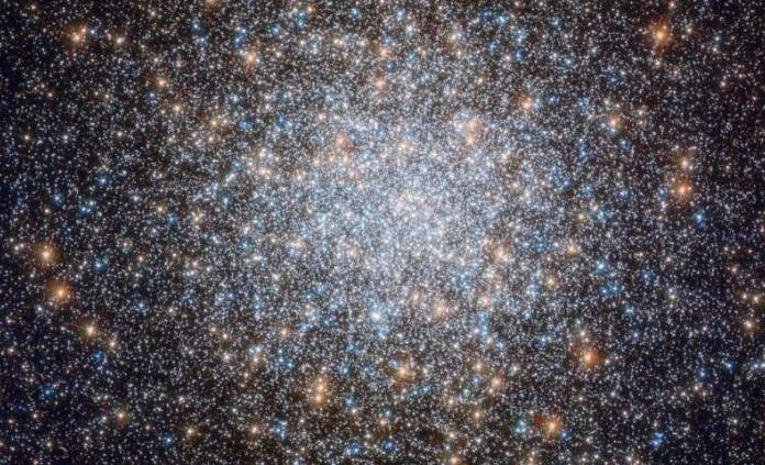 Telescopio Espacial Hubble capta imágenes del nuevo cúmulo de estrellas