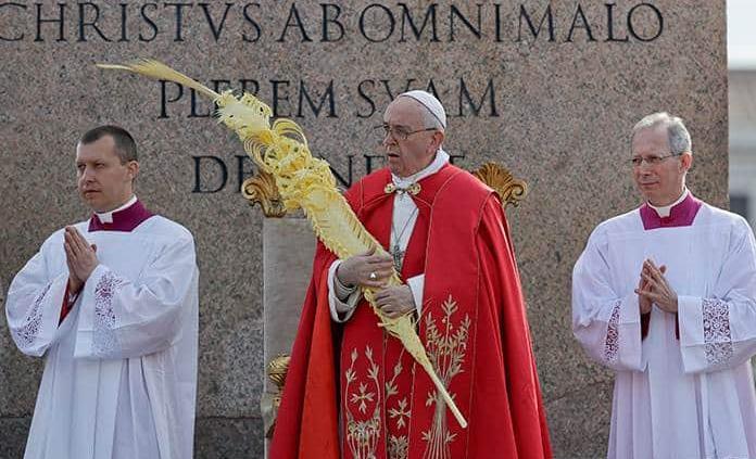 No juzguen ni sean presuntuosos: Papa