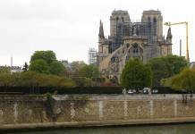 Fiscalía de París descarta hecho intencional en incendio en Notre Dame