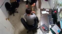 Hombre perpetra violento robo en el Centro Histórico (FOTOS Y VIDEO)