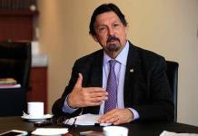 Pide Gómez Urrutia llevar al pleno la regulación de outsourcing