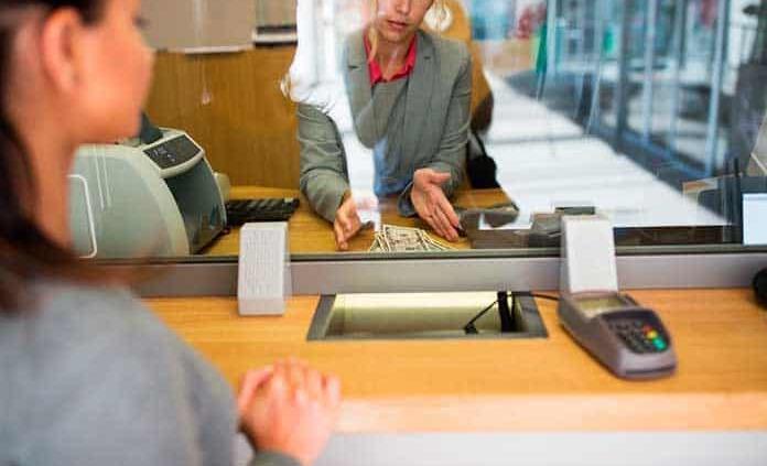 Outsourcing, esquema favorito de la banca