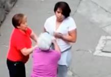 Captan a una joven que golpea a mujer de la tercera edad en CDMX