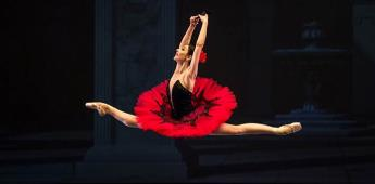 Elisa Carrillo recibe el premio Benois de la Danza