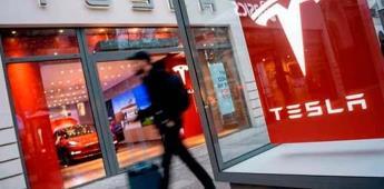 El sistema de autopiloto de Tesla es riesgoso, alerta Consumer Reports