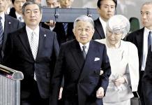 Akihito de Japón abdicará en su hijo Naruhito