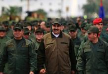 Tras intento de golpe, Maduro cambia a jefe de Policía Nacional
